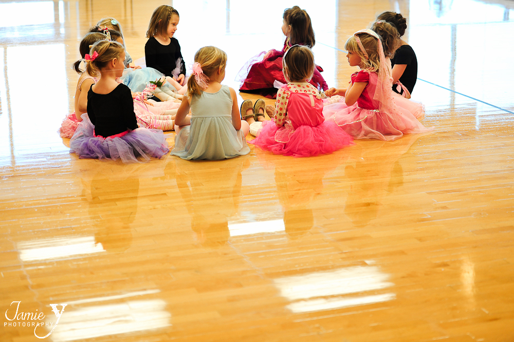 So this is what ballet looks like|Cutest Thing Ever|Personal|My daughter's ballet class