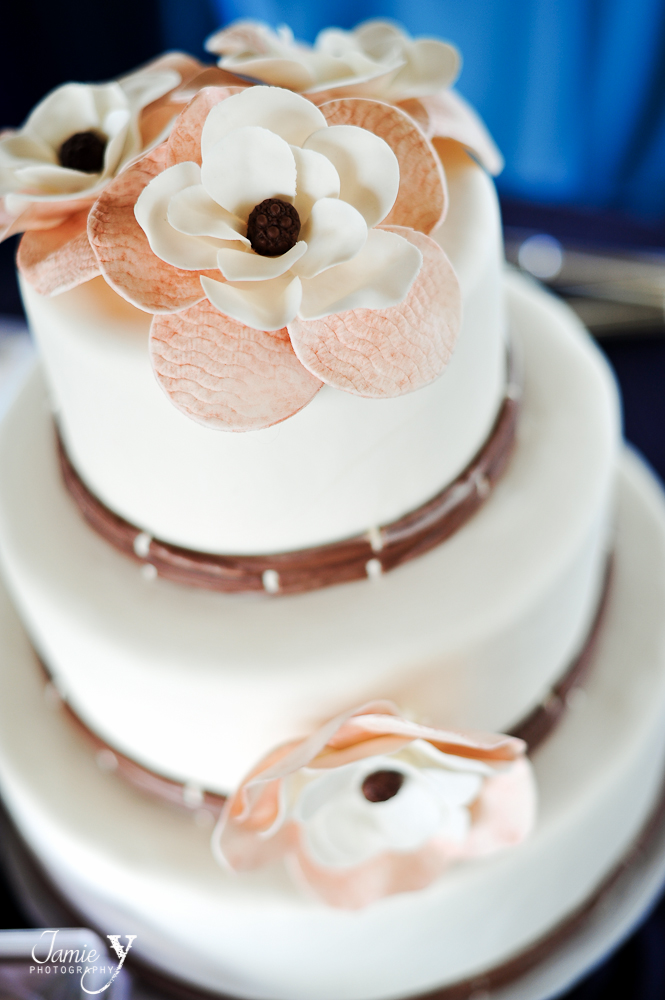 rustic wedding cake peach and off white