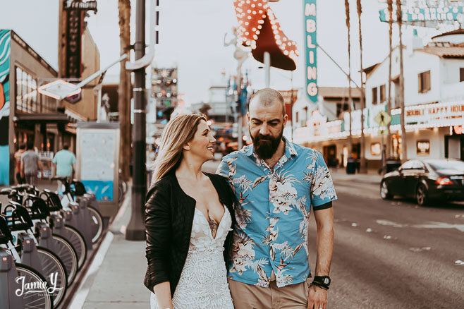 Downtown Vegas Wedding Pictures| Vic & Andy